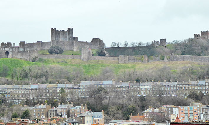 Dover, Dover Castle, hillside, fortifications